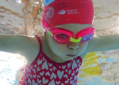Jak szybko nauczyć się pływać? Ze szkołą pływania Hydrostacja!